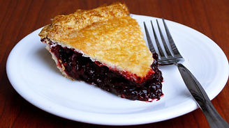 Beckmann's Berry Bomb Pie