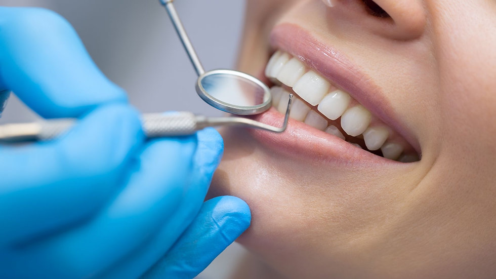 Servicios Dentales - Dra Tyrene Garland de Jesús
