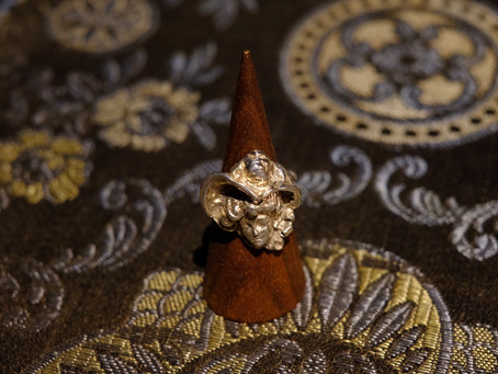 "Vintage ""Lady Face"" Silver Ring"