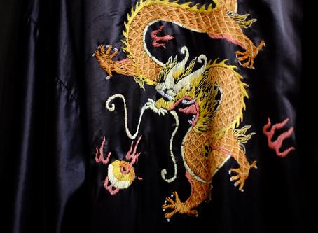 海外渡航でのお金管理 & Embroidery Oriental Long Gown
