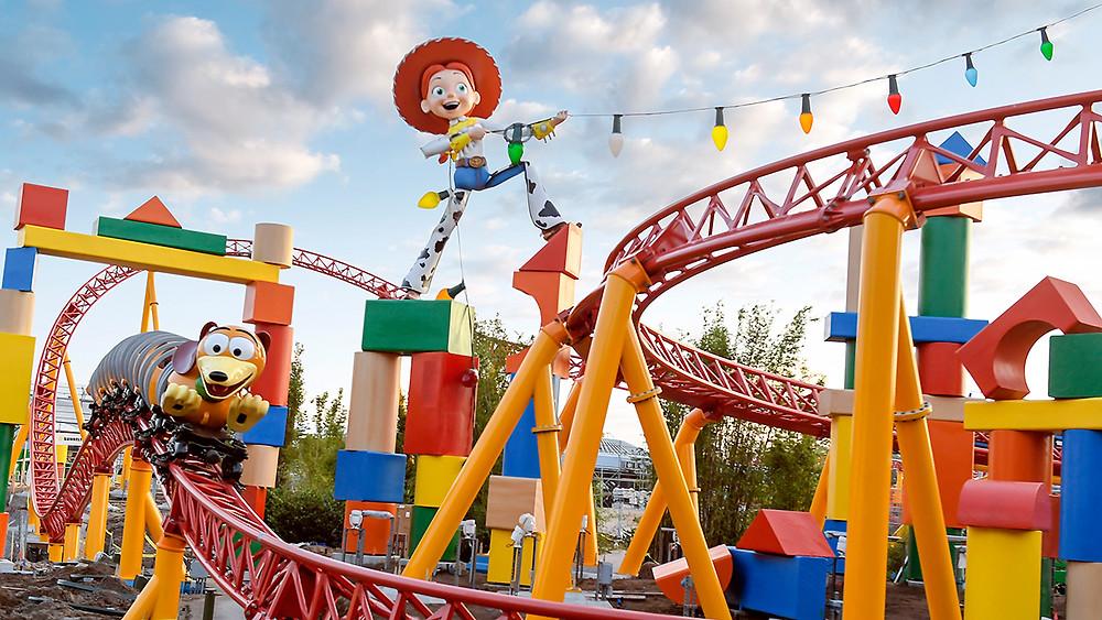 Slinky Dog Dash Rollercoaster
