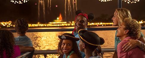 fireworks-cruise-5x2.jpg