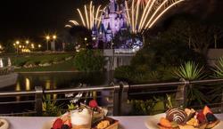 Minnie's Wonderful Christmastime Fireworks Dessert Party at Tomorrowland Terrace