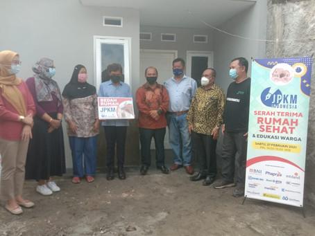 Hellenoz Dukung Program Bedah Rumah Warga Kurang Mampu di Serpong