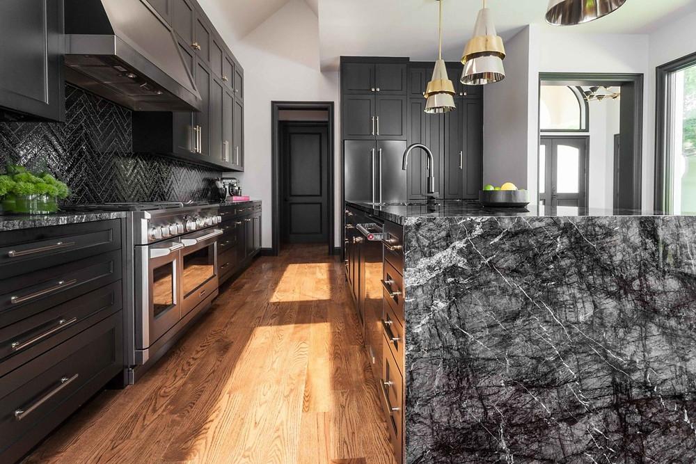 Dapur marmer warna hitam