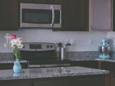 Wajib Baca Sebelum Pasang Countertop Dapur dari Batu Granit