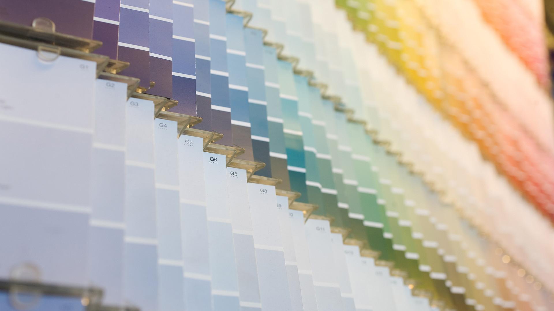 Choosing Paint & Wallpaper