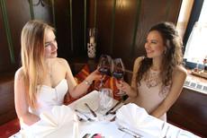 Shanna und Chantal für Buntes Haus Seiffen