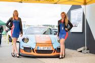 Lucy und Salome für Sportwagenclub