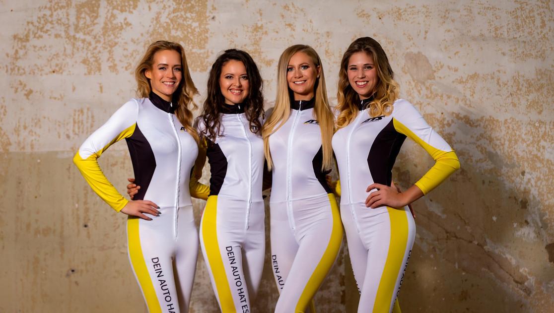 Michelle, Shanna, Marie, Lucy für ATS