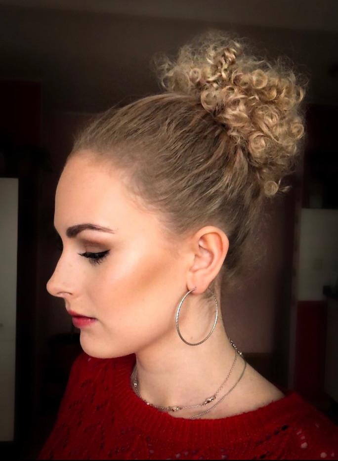 Julia Edina