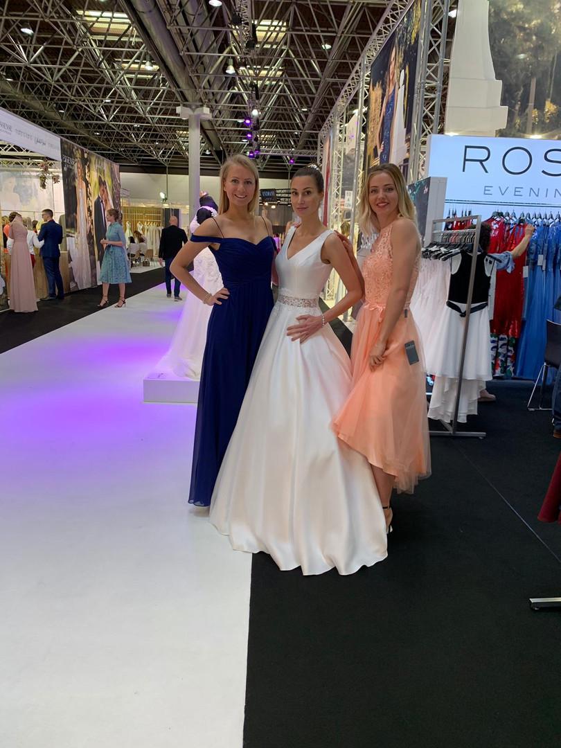 Marie für My Pretty Dress, Claudia für A Bela Noiva, Klara für Rosera