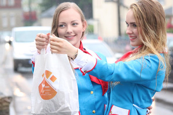 Chantal und Fiona für Wohnungsgenossenschaft Flöha