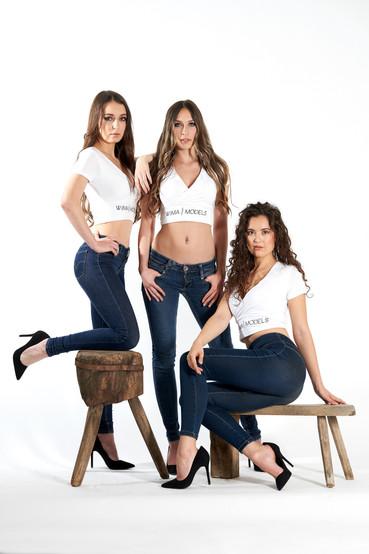 Anna, Laura & Shanna