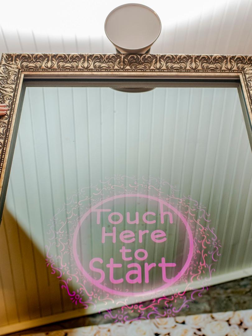 mirrorboothclub07.jpg