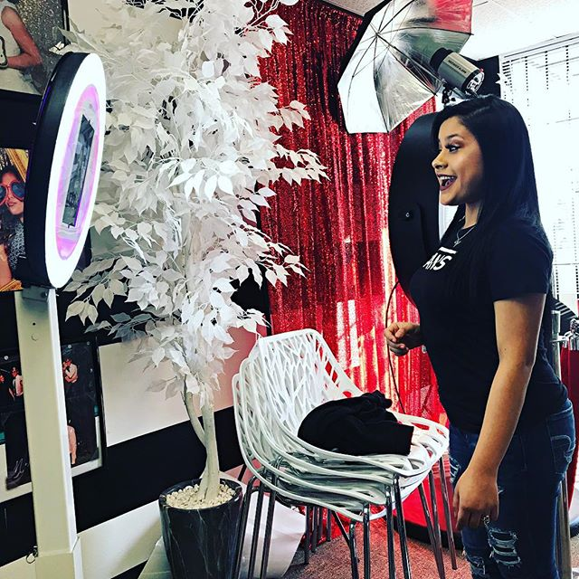 Our associate Vanessa testing out our Halo Photobooth! Give us a call for February specials! #haloph