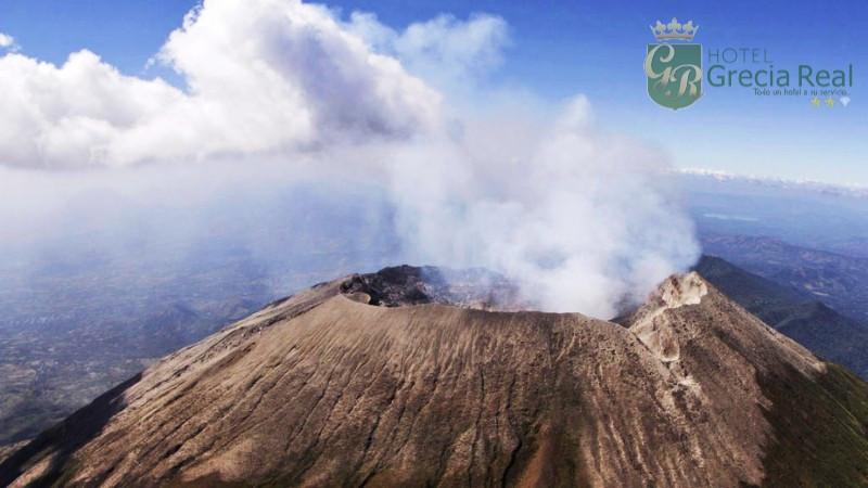 Algunos volcanes turísticos de El Salvador