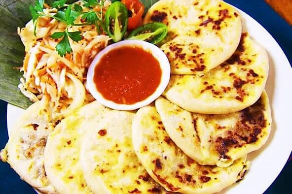 Pupusas - Conociendo los platos típicos salvadoreños