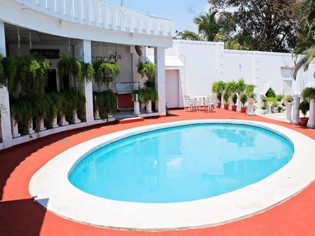 ¿Qué ofrece el Hotel Grecia Real con sus 3 estrellas?