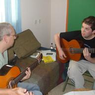 עם הגיטריסט אוסקר שר