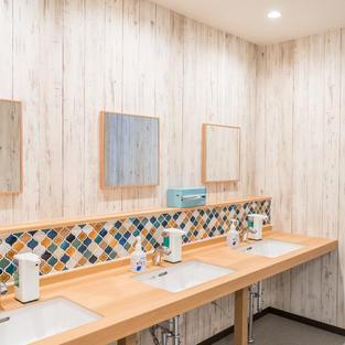 シャワールーム・トイレ・貸切風呂など共有部分の3時間おき消毒清掃
