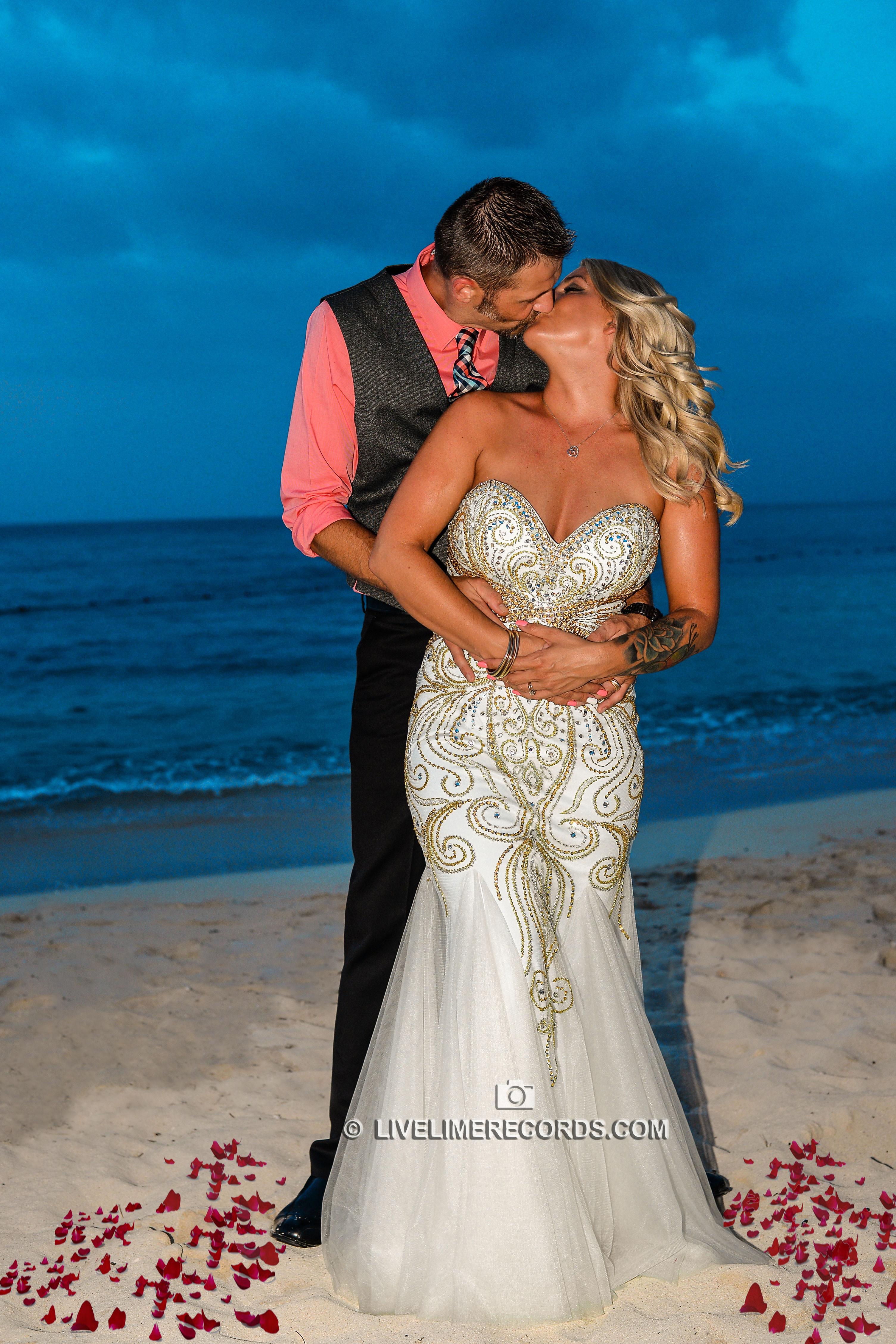 beach wedding photographer jamaica