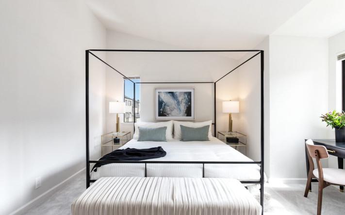 18_18_bedroom_02B-1536x1022-1-1024x681.j