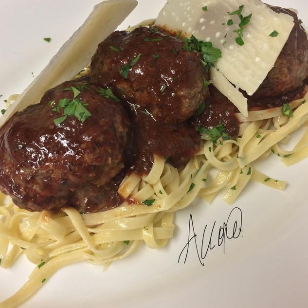 Wagyu Meatballs & Linguine