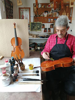 master violin maker romania