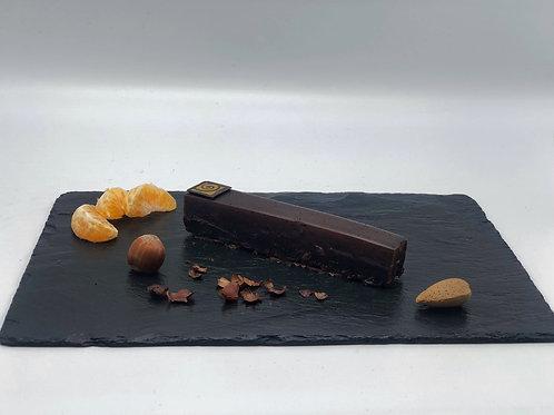 Entremet Royal chocolat , coulis fruits rouges