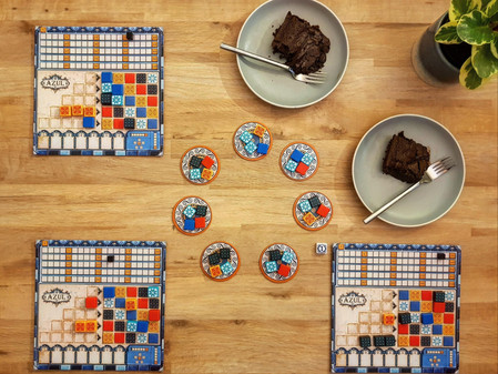 Slice + Dice: Board games and cake