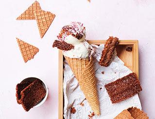 home-raspberrycheesecake-cone.jpg