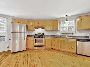 023_Kitchen.jpg