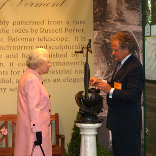 Queen Elizabeth and the faux marble pedestal