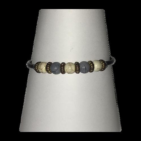 Armband met magneetsluiting - met crème en grijs gemêleerde kraal
