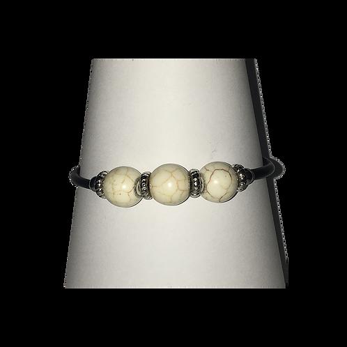 Armband met magneetsluiting - met crème gemêleerde kraal