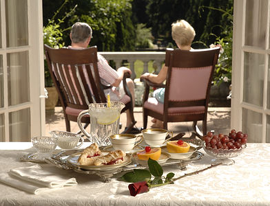 independent living solutions llc senior couple aging in place