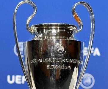 Golean al Barcelona y cae el United en la Champions