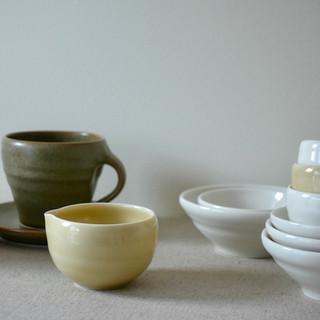 Porcelain Pourer