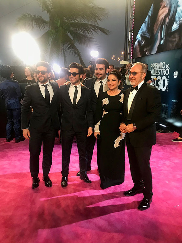 Emilio and Gloria honored in Premio Lo Nuestro