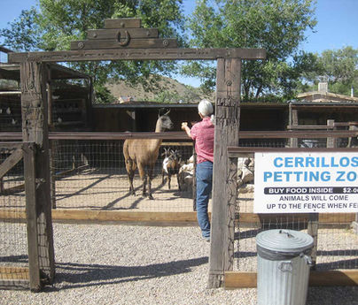 Cerrillos Petting Zoo Entrance