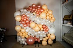 Photobooth Balloon Install