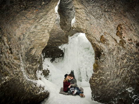 Matt & Jody's Winter Lake Louise Engagement Shoot