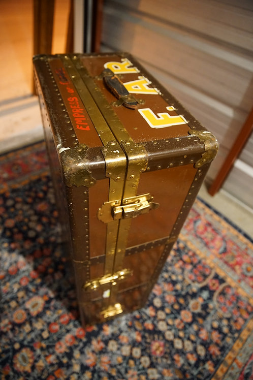 Brown Vintage Trunk