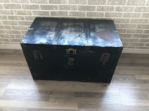 Black Distressed Vintage Trunk