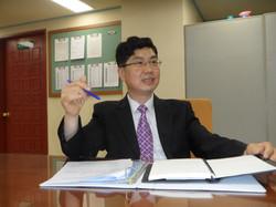박동명 전문위원