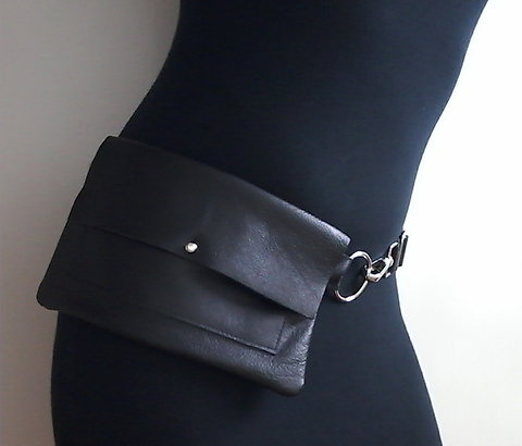 Montmartre Contour Leather Fanny Pack For Women