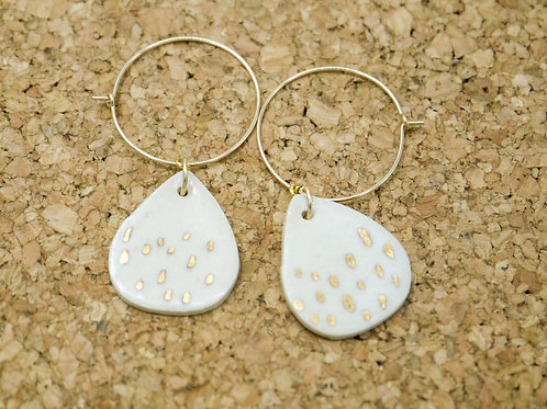 Jay Frazer | Teardrop drop hoops - Cream with gold dashes