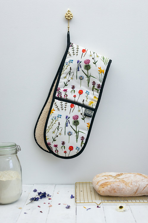 Sarah Leask | Oven Gloves