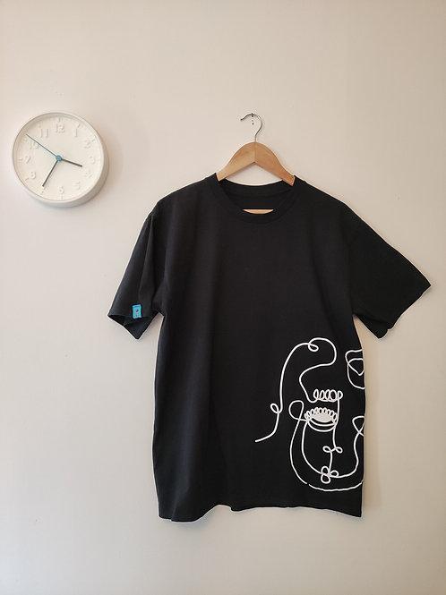 Instant Design Shop | Linear Faces T-shirts